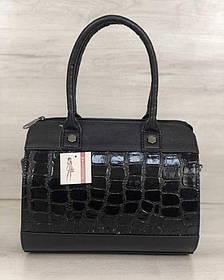 Жіноча сумка Маленький Саквояж чорний лаковий крокодил