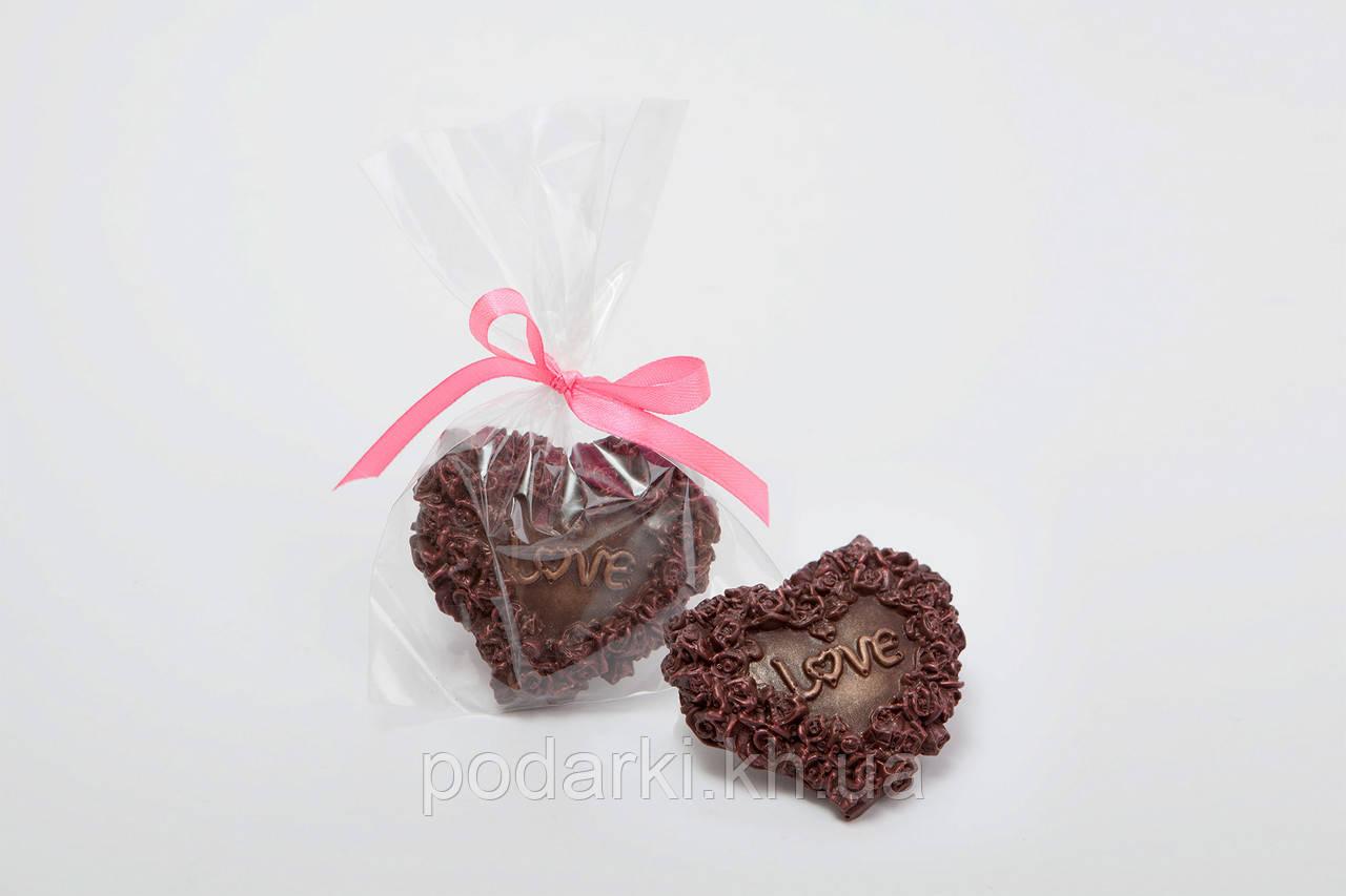 Шоколадное сердечко Love