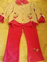 Теплый, нарядный костюм для девочки