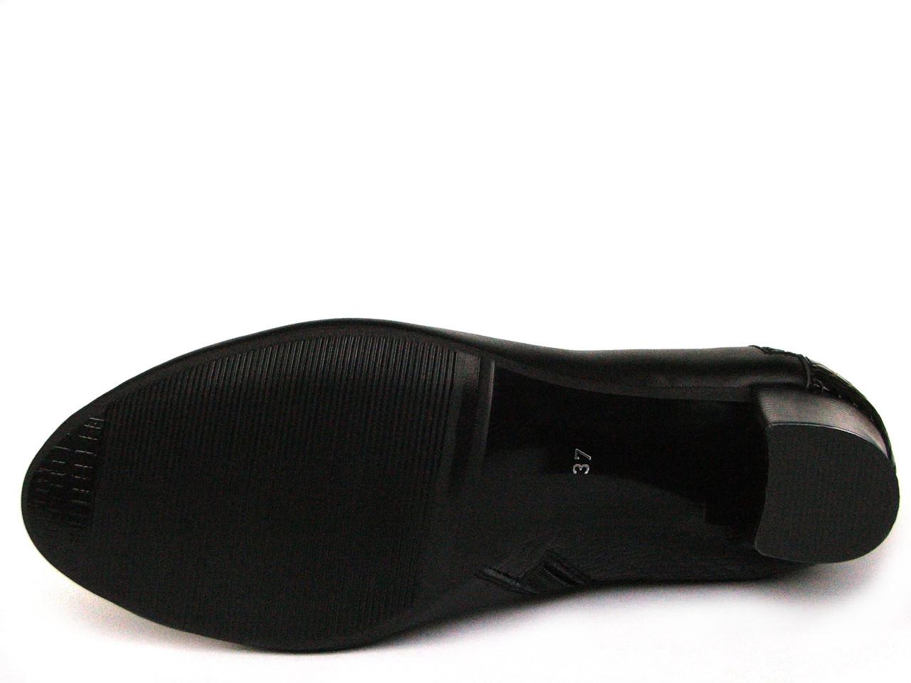 f5a7f93fd Черные высокие кожаные ботинки с косой молнией, цена 1 788 грн., купить в  Запорожье — Prom.ua (ID#231020140)