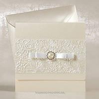 Роскошные свадебные пригласительные с бантиком и жемчужной брошью