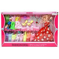 Кукла с платьями и аксессуарами