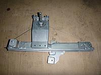 Стеклоподъемник мех. двери зад. правой (2х4) Renault Duster 10-13 (Рено Дастер), 8200733830
