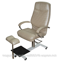 """Педикюрне крісло """"Кардинал"""" на стелажі"""