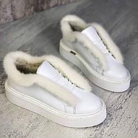 Жіночі зимові шкіряні чоботи з хутром 36-40 р білий