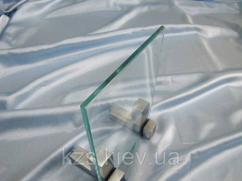 Стекло прозрачное 6 мм