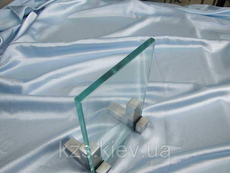 Стекло прозрачное 10 мм