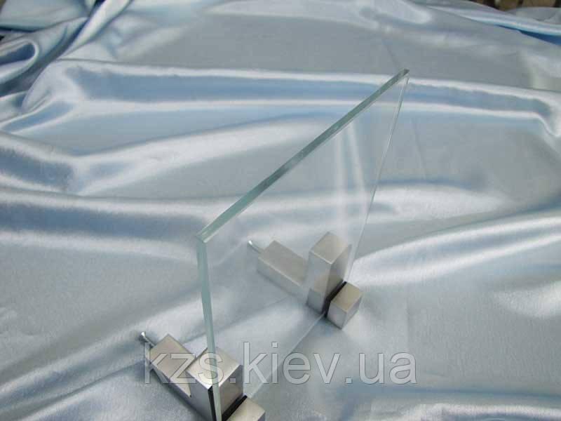 Стекло сверхпрозрачное закаленное 5 мм