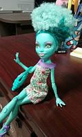 Кукла монстер хай Хани Свомп из серии Я люблю аксессуары - Honey Swamp Gore-geous Accessories