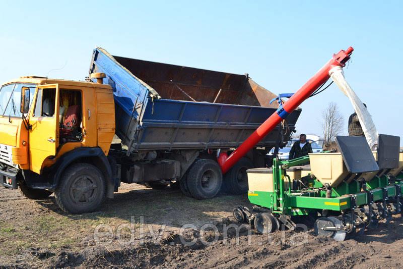 Завантажувальний шнек НБШ-250/4 до автомобіля КамАЗ-55102 продуктивність 1 тонна за хвилину