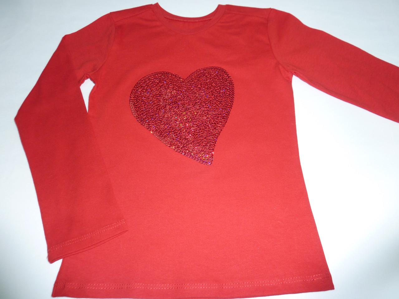 Красный топ с пайетками сердце