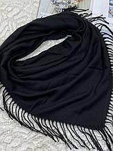 Женский кашемировый однотонный черный платок с бахромой 100х95 см (цв.2)