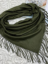 Женский кашемировый однотонный зеленый платок с бахромой 100х95 см (цв.4)