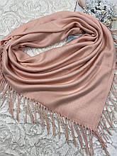 Женский кашемировый однотонный платок персиковый с бахромой 90х90 см (цв.8)