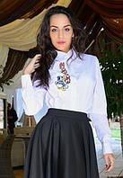 Женская белая Рубашка с вышивкой утенка