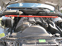 Распорка передних стоек BMW E39 520/528