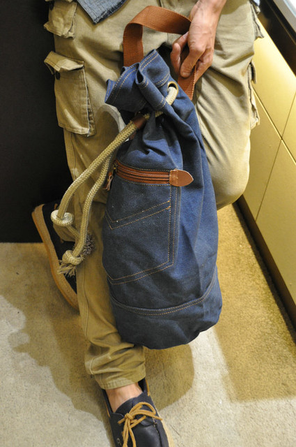 Джинсовый рюкзак для путешествий