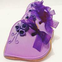 Лучший подарок на День Влюбленных - расписной медовый имбирный пряник