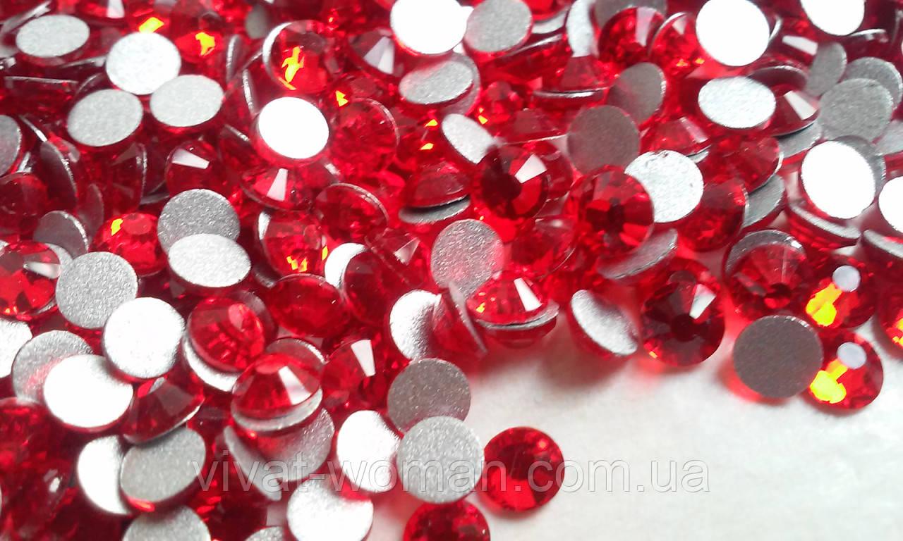 Стрази Lt. Siam (червоний, червоний) SS16 холодної фіксації. Ціна за 144 шт
