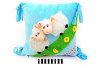 Подушка з двома овечками 14027 12штящ