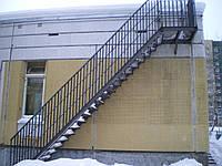 Крепление пожарной лестницы