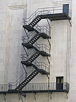 Ограждения пожарных лестниц