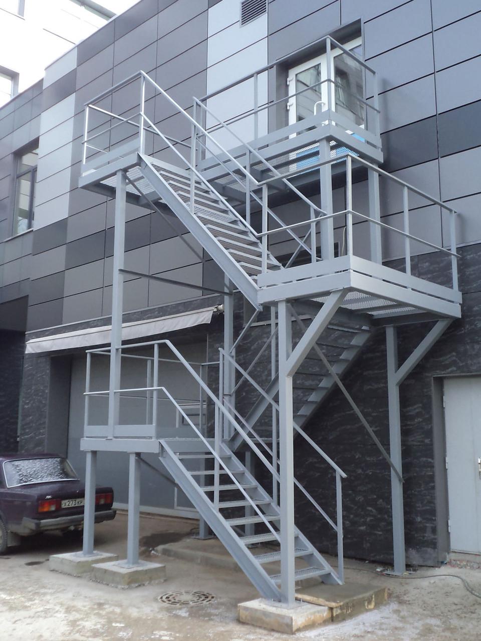 Ограждения эвакуационных лестниц