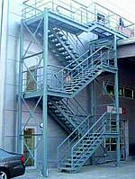 Пожарные наружные металлические лестницы
