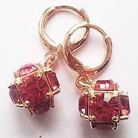 Серьги с розовым кристаллом. Позолота 18К, ювелирная бижутерия.