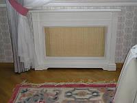 Декоративный экран для радиаторов белый из массива дерева