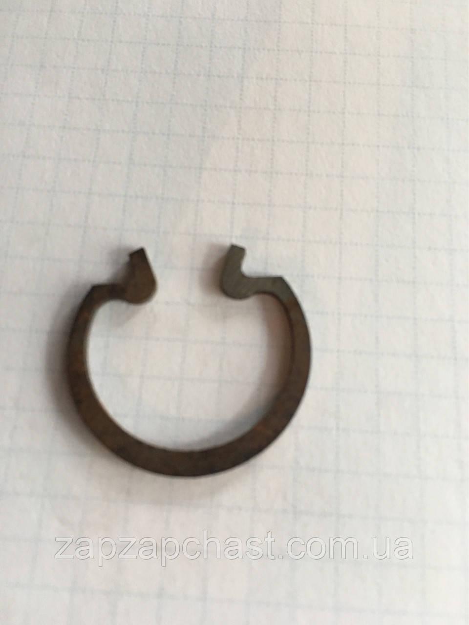 Стопорное кольцо крестовины кардана Ваз 2121 нива
