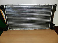 Радиатор охлаждения на DAF 400 2.5 D (89-98). Новый радиатор для ДАФ 400 Лейланд.