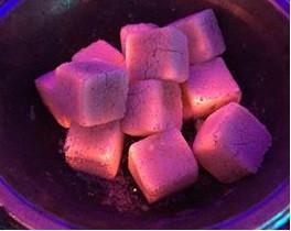 Натуральный уголь для кальяна из кокосовой скорлупы. Индонезия