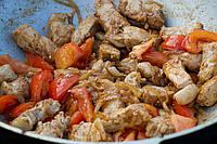 Сковородка жареной телятины