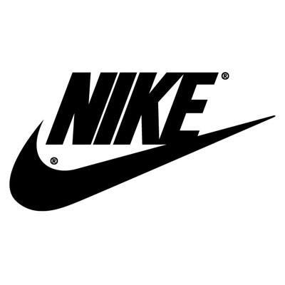 Женские зимние кроссовки Nike