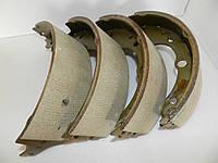 Задние тормозные колодки для DAF 400 LDV Convoy (89-06). На спарку. 4 шт. Ширина накладки 70 мм.