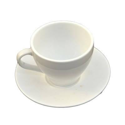 Чайный набор фарфоровый кружка и блюдце белого цвета