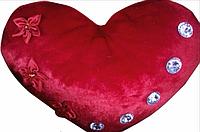 Декоративная подушка в виде сердца(красная) музыкальная