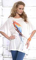 Женская летняя туника свободного кроя с принтом попугай. Модель April Zaps.