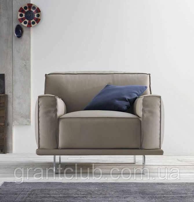 Італійське сучасне крісло на високих ніжках Young фабрика Felis