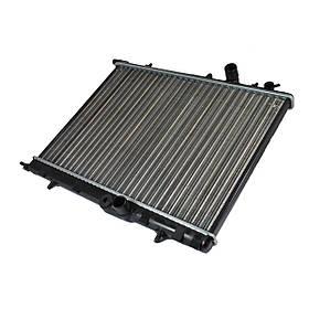 Радиатор охлаждения двигателя Peugeot 206 1,4-1,6, 98-