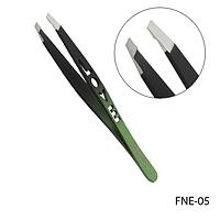 """Пинцет для бровей FNE-05 скошенный, фигурный (черно-зеленый """"love""""),"""