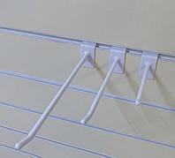 Крючок в эконом панель 10 см белого цвета