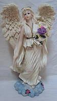 Статуэтка ангел с букетом цветов