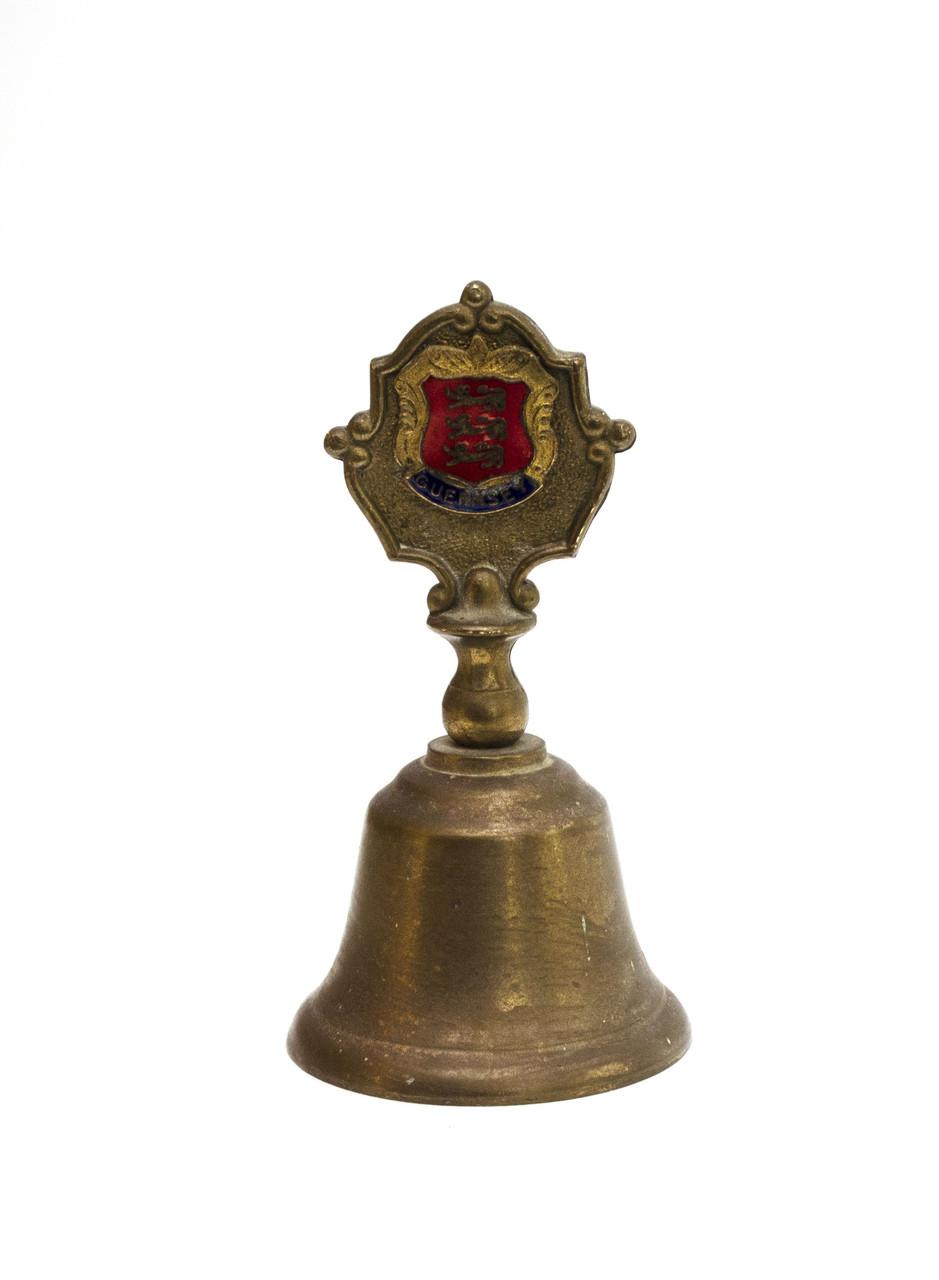 Старый колокольчик, бронза, Англия, гербовая символика