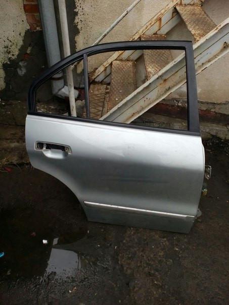 Б/у дверь задняя права Mitsubishi Galant 2001