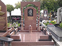 Памятник из красного гранита № 900