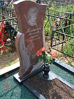 Памятник из красного гранита № 907