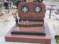 Памятник из красного гранита № 940