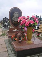 Памятник из красного гранита № 953